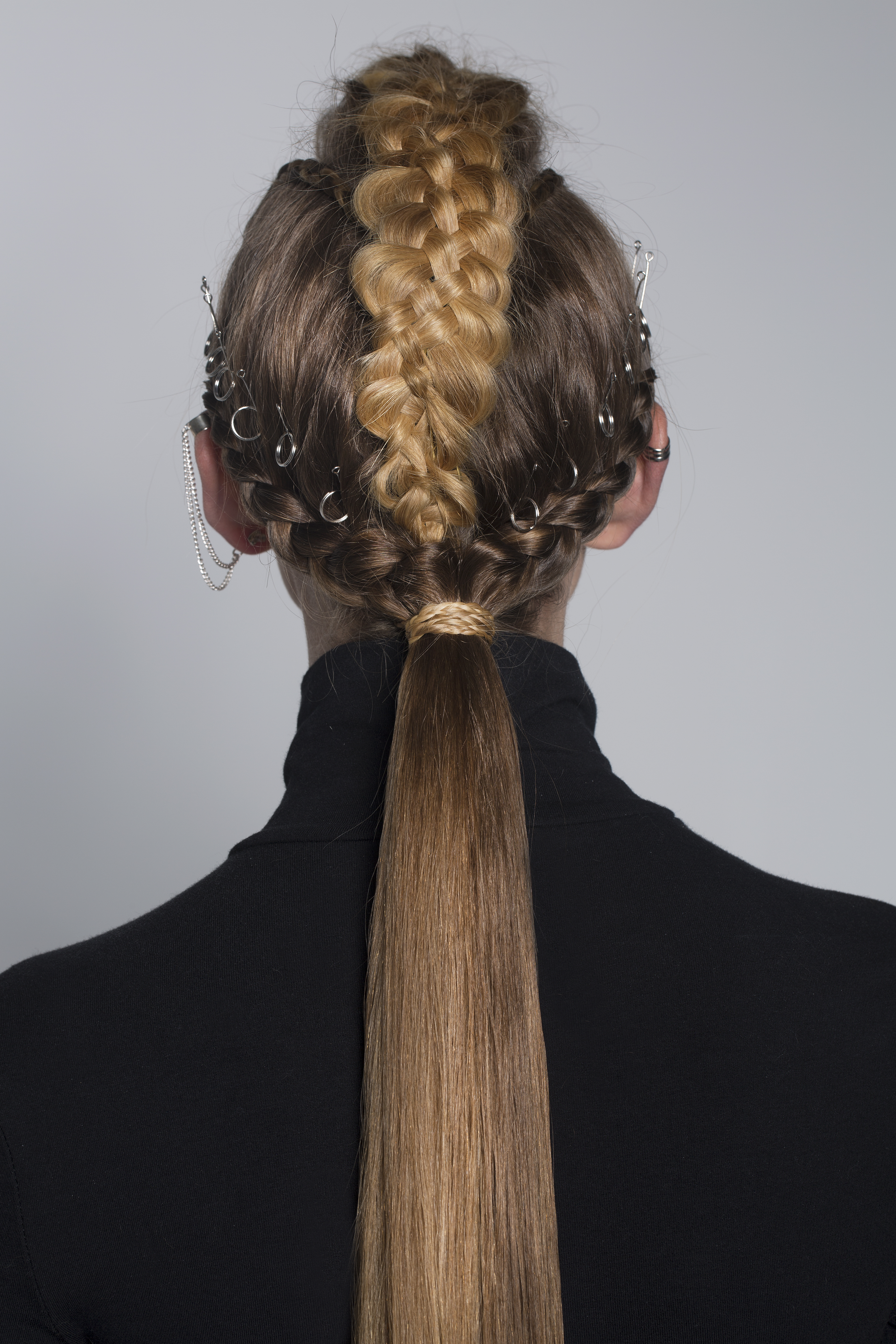 pony, ponytail, bubble, circle, braid, messy, chic, updo, going out, hairstyle, date night, dosha, dosha creative team