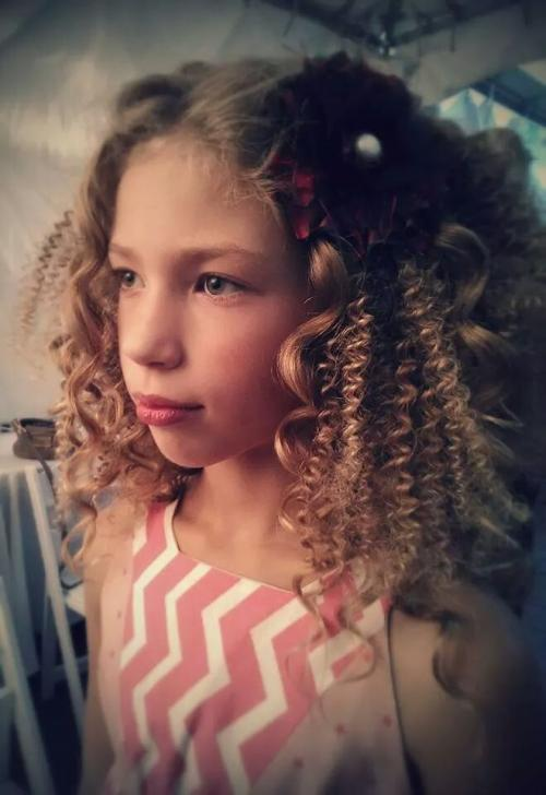 little girl with textured hair, Portland Fashion Week 2014
