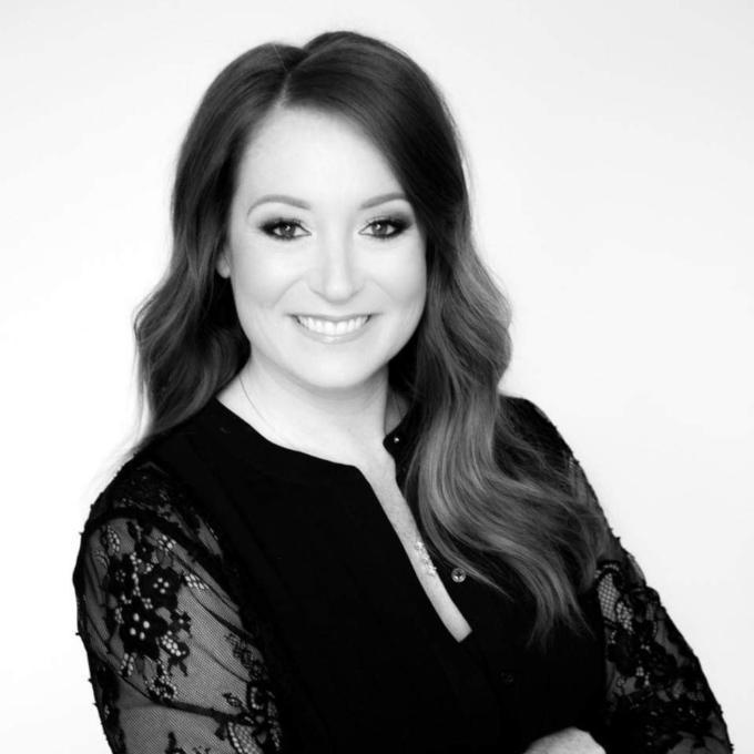 Kristina Paris - Master Stylist