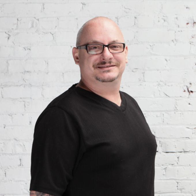 Dosha Master Stylist Erik Howell